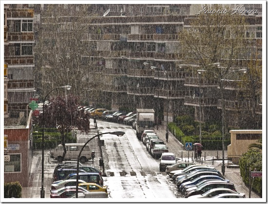 Chaparrón primaveral por Antonio Herrera, en Flickr