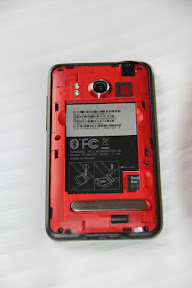 HTC EVO Back Cover Removed