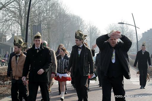 carnavalsoptocht josefschool 04-03-2011 (24).JPG