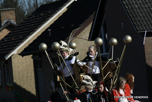 overloon carnaval optocht  06-03-2011 (61).JPG