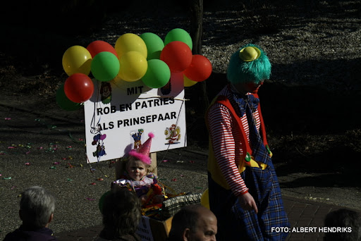overloon carnaval optocht  06-03-2011 (69).JPG