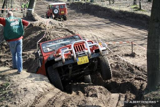 4x4 rijden anvt circuit duivenbos overloon 27-03-2011 (23).JPG