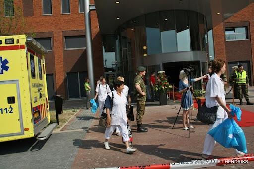 boxmeer verhuizen patienten maasziekenhuis 22-04-2011 (29).JPG