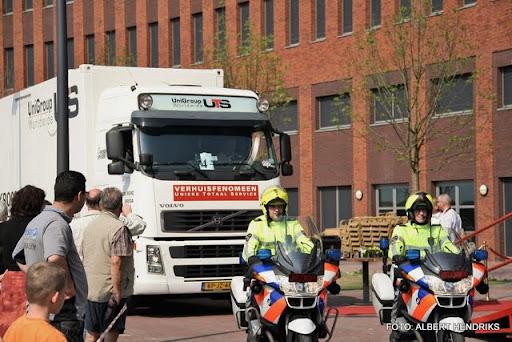 boxmeer verhuizen patienten maasziekenhuis 22-04-2011 (56).JPG