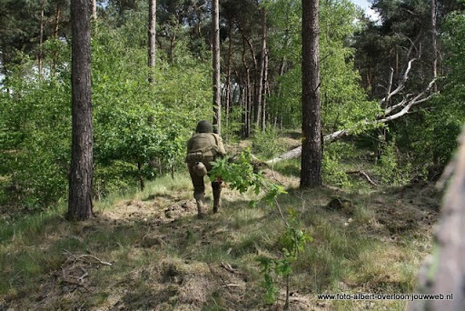 remember overloon herhaling van vergeten slag 08-05-2011 (55).JPG