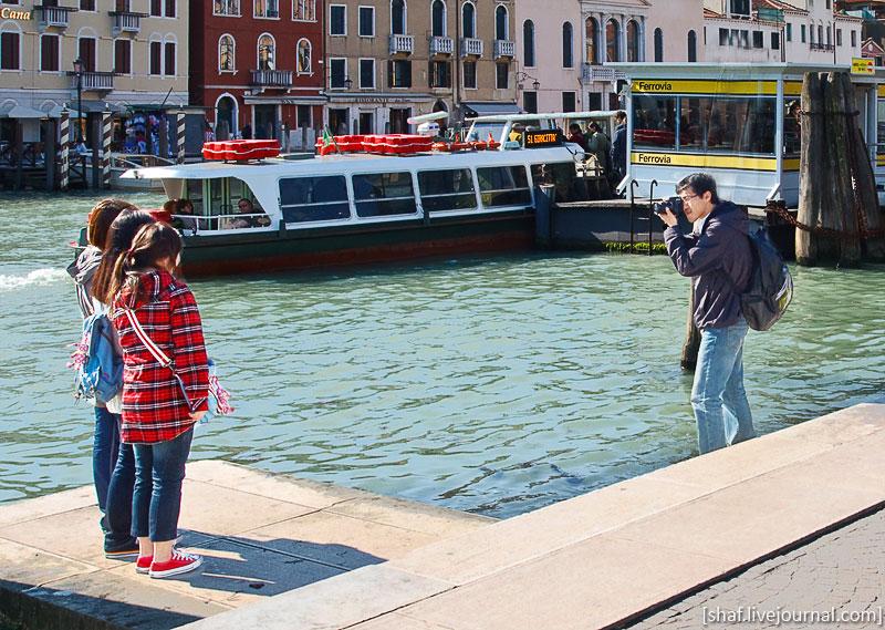 http://lh6.ggpht.com/_p9j-6xLawcI/S9k1DgE6edI/AAAAAAAATS0/p0bA8h3tJtg/s800/20100411-090744_Venice.jpg