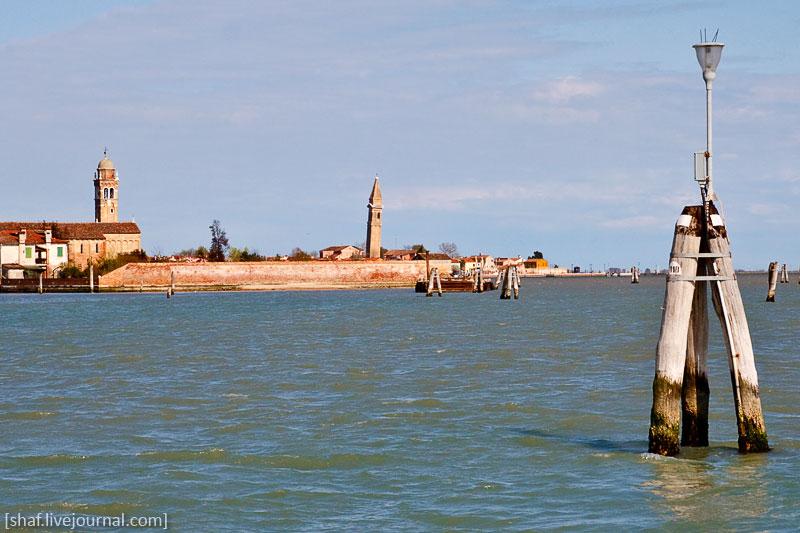 Италия, остров Бурано, покосившаяся колокольня | Venezia, Burano, Italy | Benatky, Italie
