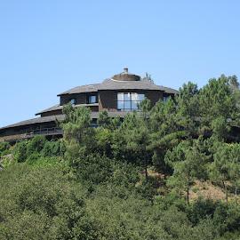 Mansao Escondida by Lia Ribeiro - Buildings & Architecture Homes