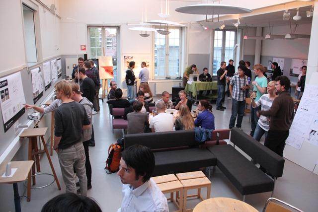 2010-10-01 UID Tap Pub 024