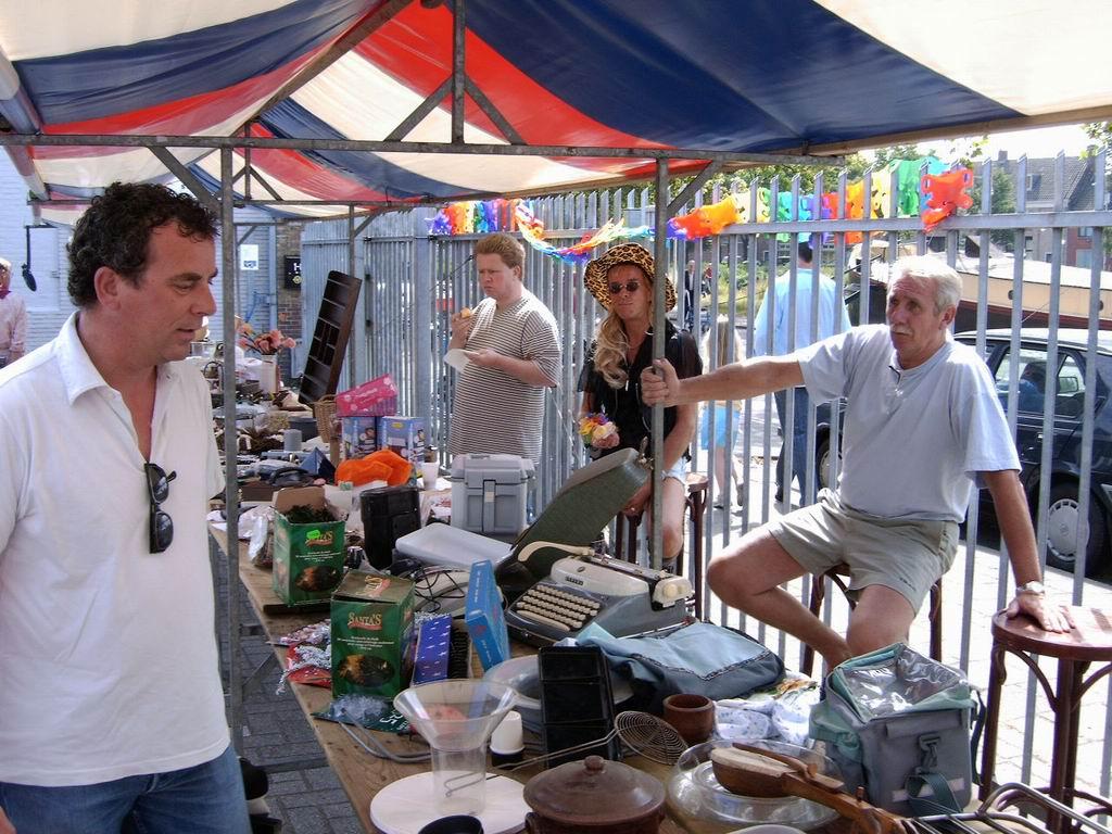 2005 - Rommelmarkt, 26-06 010.jpg