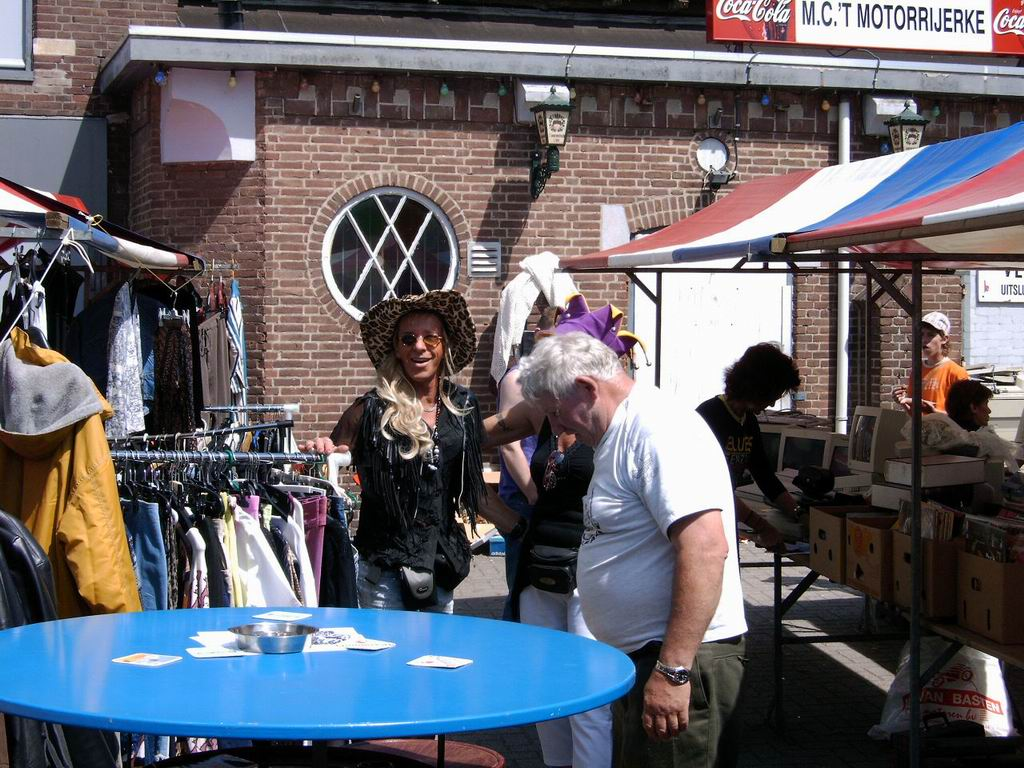 2005 - Rommelmarkt, 26-06 014.jpg