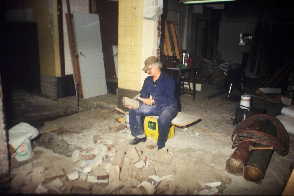 1984 - Verbouwing clubhuis 08.JPG