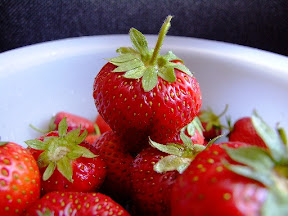 anti aging food, strawberry