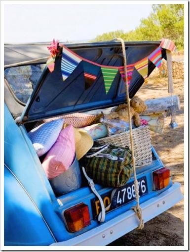 Picnic-vintage-coche-maletero-boot-car-telas-fabrics-cushions-cojines-Interiores