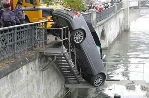 bizarre-traffic-accidents08