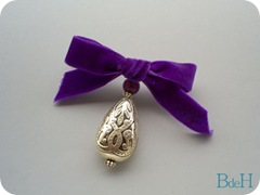 Broche Mulberry velvet