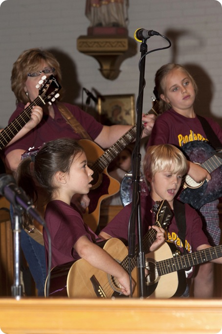 1st Grade Guitarists_web