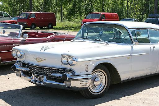 1958 Cadillac Brochure. updated December 7, 2006. Bjørn Søgaard Nielsen of