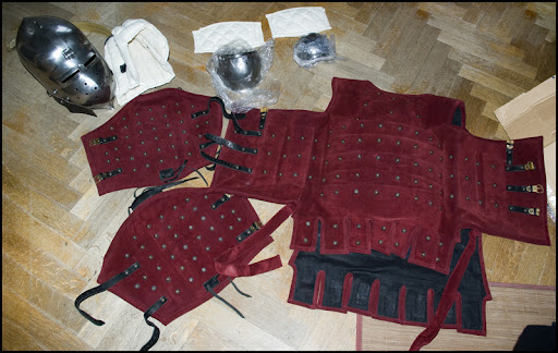 Equipement actuel militaire. - Page 3 1