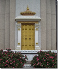 temple_golden_doors