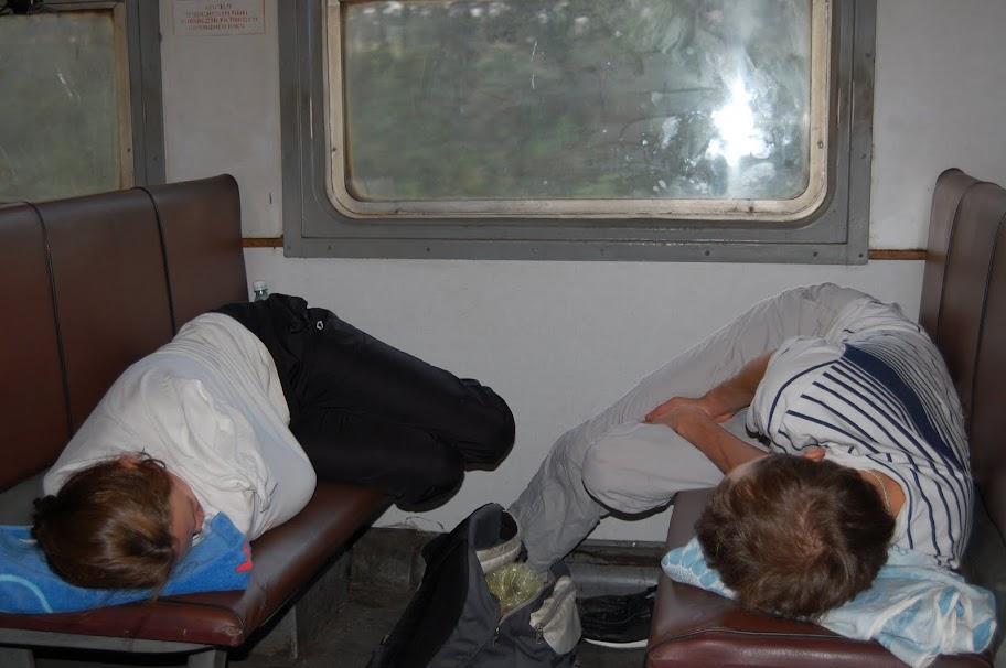 спим в поезде