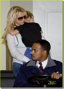britney-spears-louisiana-to-los-angeles-04
