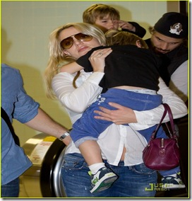 britney-spears-louisiana-to-los-angeles-01