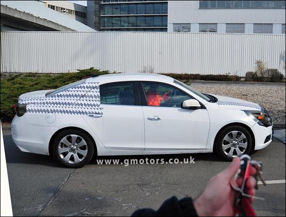 Chevrolet Malibu 2012 em novo flagra