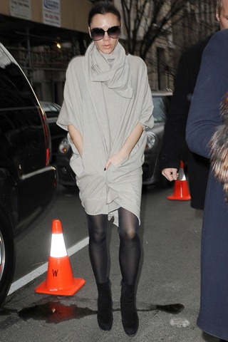 19179_KUGELSCHREIBER_Victoria_Beckham_arrives_at_her_fashion_presentation_in_NY3_122_6lo