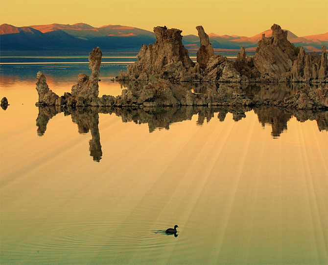 amazing lakes%20%2816%29 Wonderful Lakes Around the World