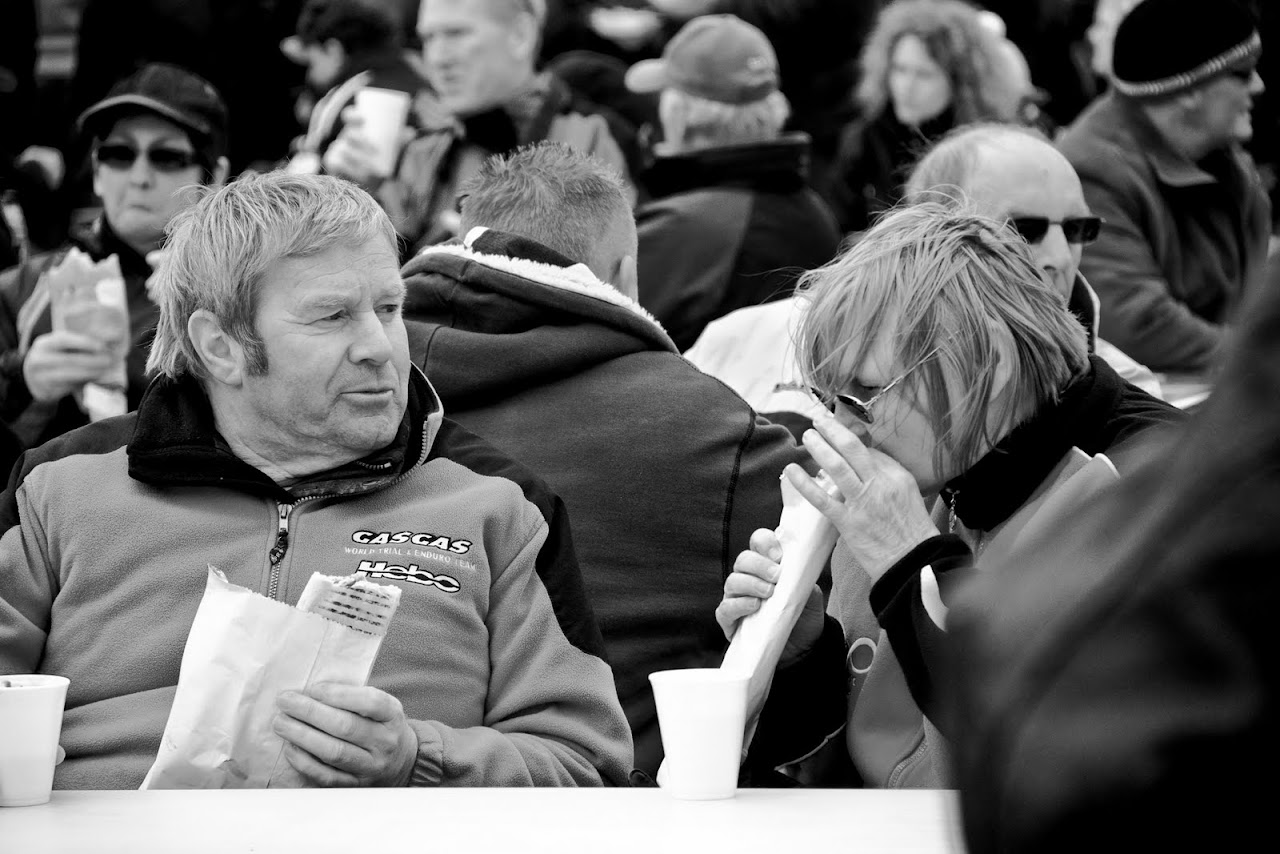 NC at Truckfest 2010 - Eating or vomiting? - 205_din_dins