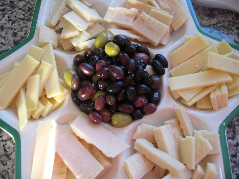 Guide to Antipasto: Italian Appetizers that Come Before the Meal