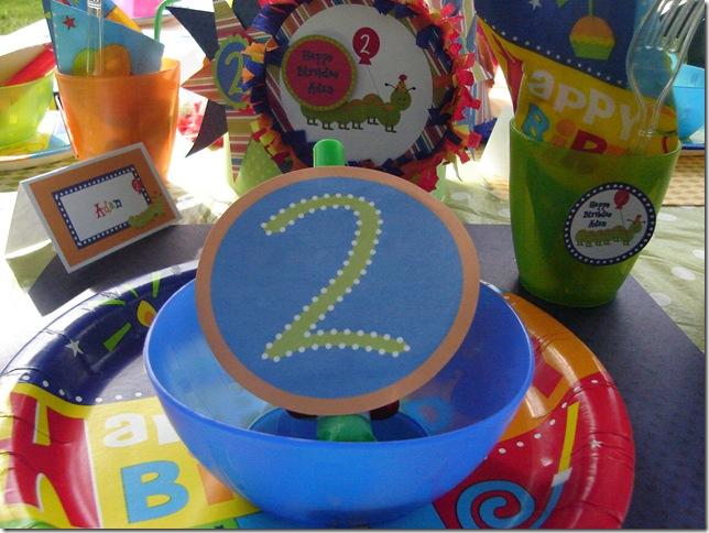 caterpillar party 010