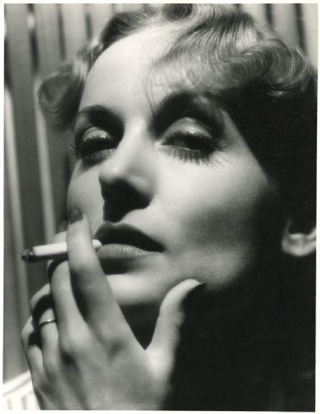 Carole Lombard.jpg