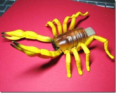Hemingway funs Scorpion USB Flash Drive 2