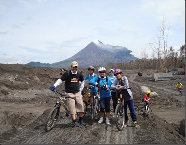 Paket wista sepeda merapi lava tour