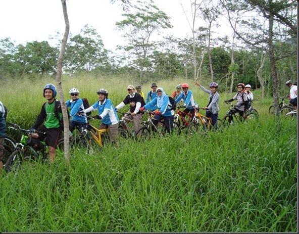 Wisata sepeda kali Kuning 2011