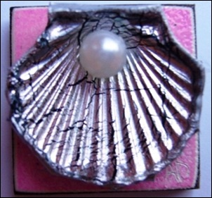 COASTAL SILVER SHELL ON PINK