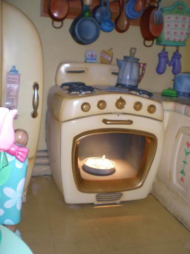 "Disneyland - ""Toontown"" - Minnie's House"