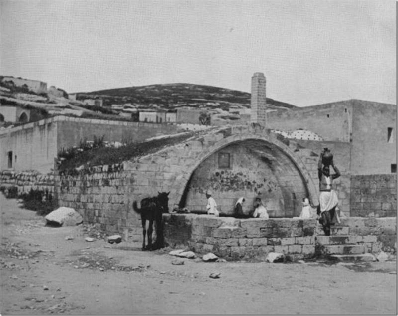 Nazareth-The-Fountain-of-the-Virgin-1894 (1)
