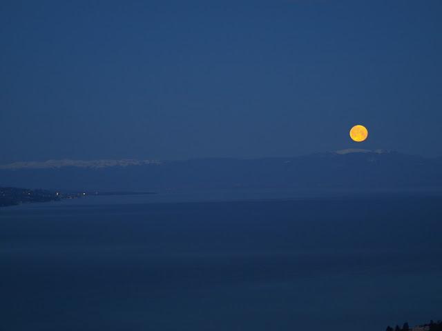 Coucher de lune, hier matin AG013427