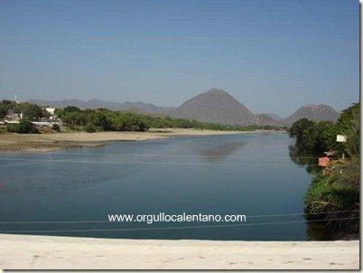 vista del puente rio balsas