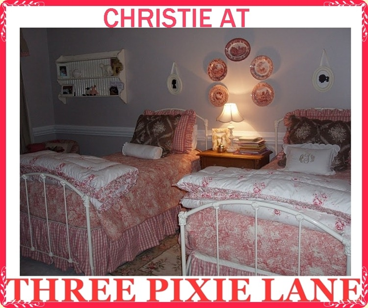 3 PIXIE LANE-TWIN BED RM