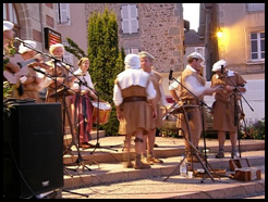 Singers Rochechouart Night Market