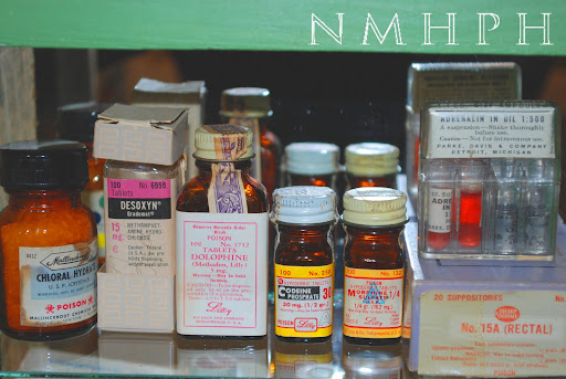 HospitalMuseum Online Archives: Cabinet for the Pernicious Narcotics