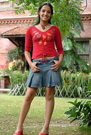 priyanka karki skirt