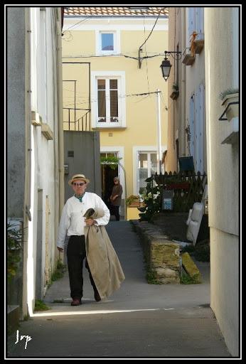 Challenge de Novembre : La Vieillesse (Fin le 24/11 à 20h) Nantes-Oct08-073