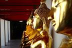 Rangée de boudhas