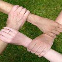 manos-tol.jpg