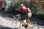 Pierwsza wycieczka na nowym rowerze, ale taryfy ulgowej nie było - zaczynamy od drogi z płyt chodnikowych :P